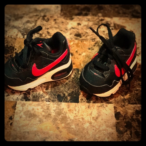 wholesale dealer ca747 cf2cb ... black and red sneakers. M 5b5a966d1e2d2dd6e2d2dd35
